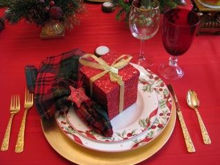 Christmas Eve Dinner Table 2012 002.jpg