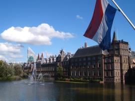 Den_Haag_Binnenhof.jpg