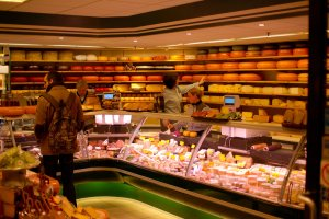 amsterdam-2011-cheese-store-900x1350